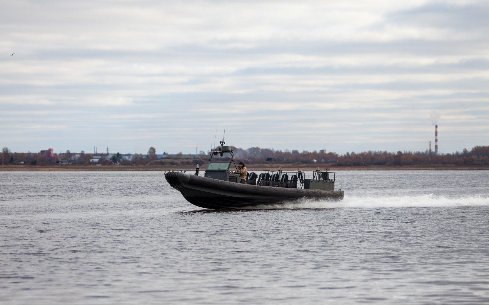 «Калашников» начал экспортировать штурмовые катера БК-10 и БК-16