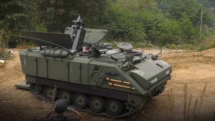 Южная Корея завершила разработку самоходного миномёта на базе бронетранспортёра