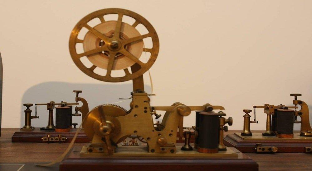 Morzeov telegraf min
